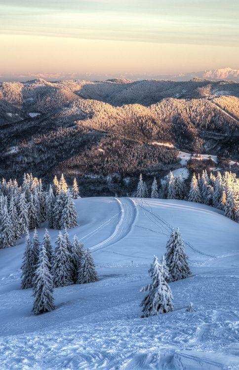 28 Winter Wonderlands Around The World – The Barefoot Explorer